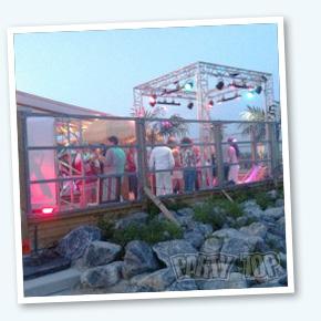Trus Carre Beach Party